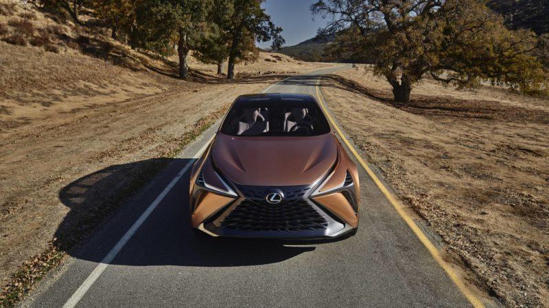 Lexus готовит суперкроссовер чтобы конкурировать с Lamborghini Urus