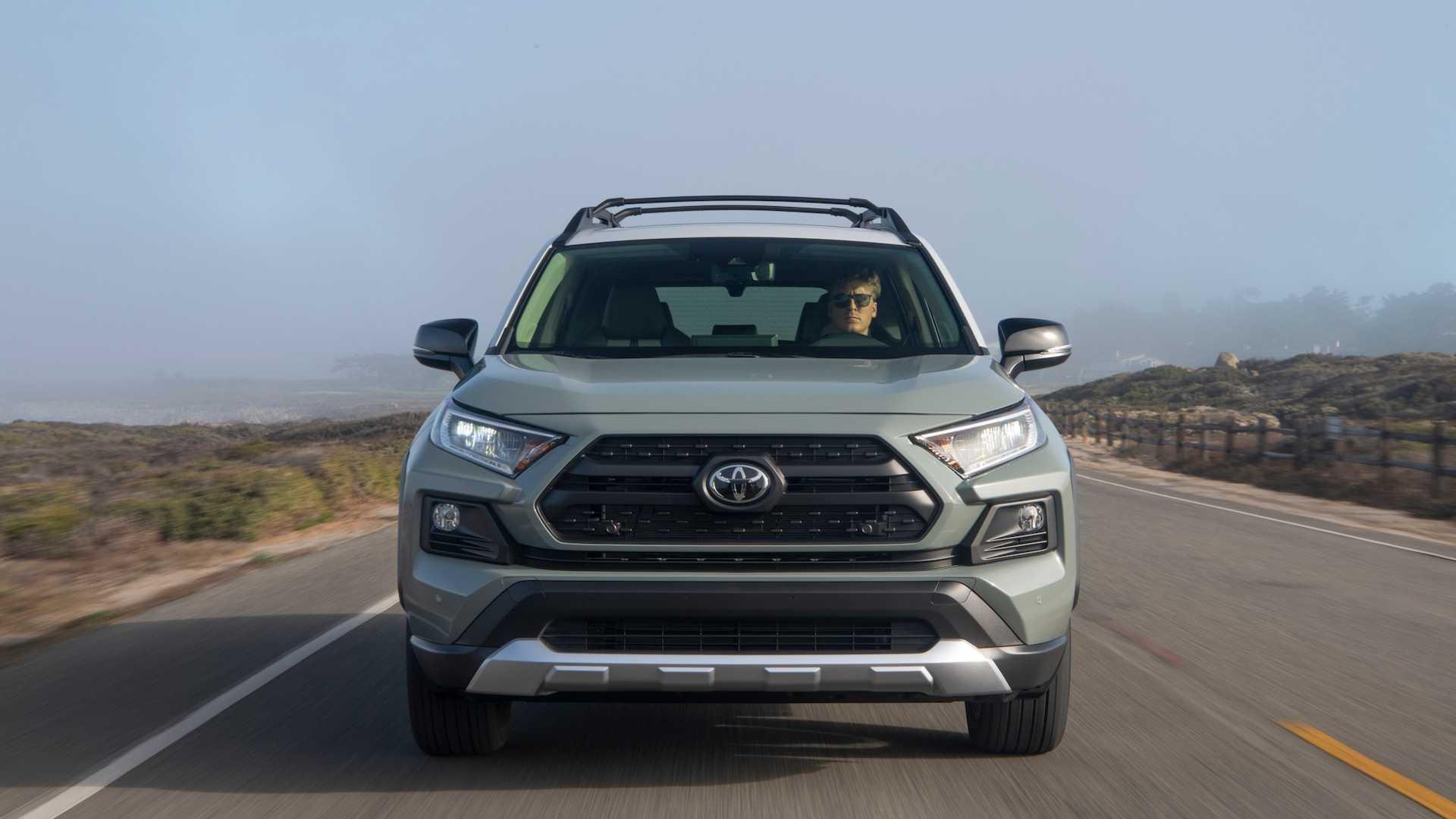 Новая Toyota RAV4: обзор и технические характеристики