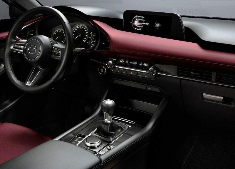 Mazda-3-2019-salon