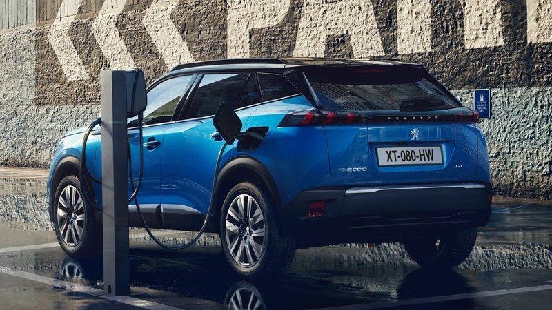 Новый Peugeot 2008 получит полностью электрическую версию