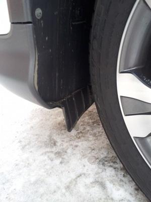Зачем нужны брызговики перед колесами