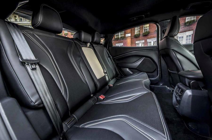 Ford Mustang Mach-E электрический кроссовер