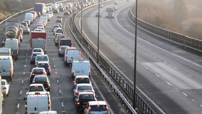 Великобритания запретит продажу новых автомобилей с ДВС уже через 15 лет